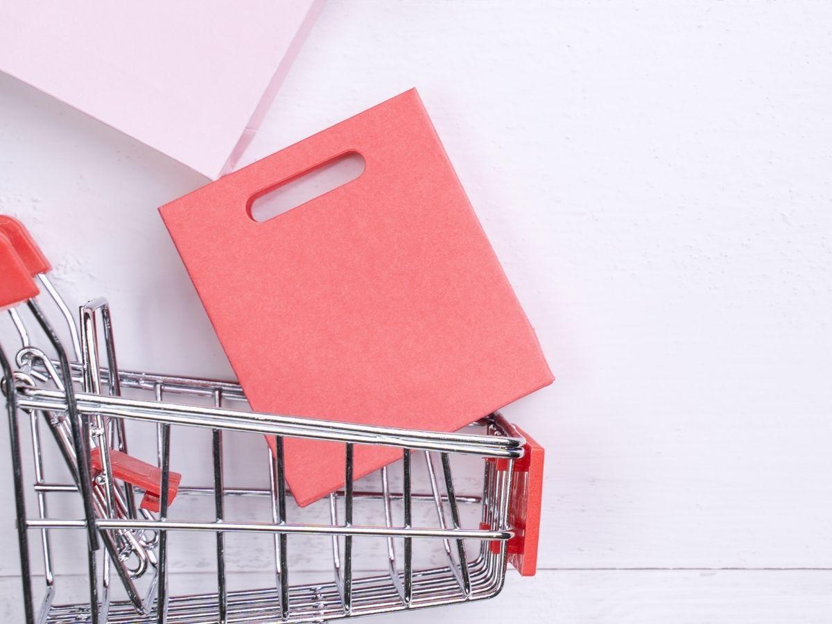 ショッピングカートとショップバッグ